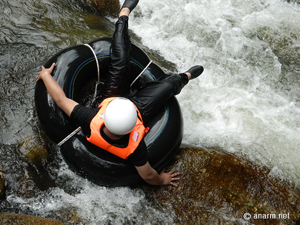 anarm water tubing kalumpang resort