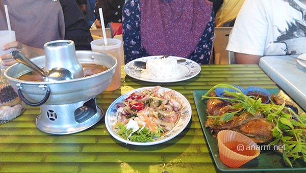 iftar ayam golek nara seafood
