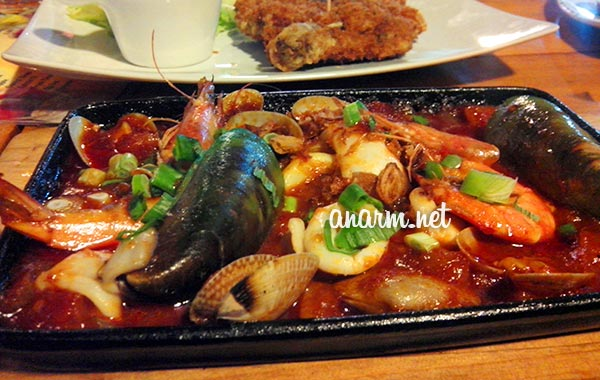 seafood hot plate bucida court