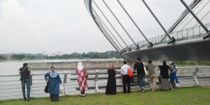 Geng Backpackers di Taman Tasik Empangan Putrajaya