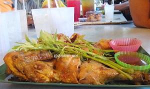 ayam golek nara seafood