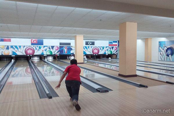 Melastik Bintang bowling strike