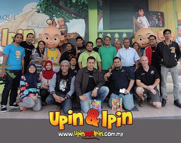 Blogger bersama Upin & Ipin dan team Les' Copaque