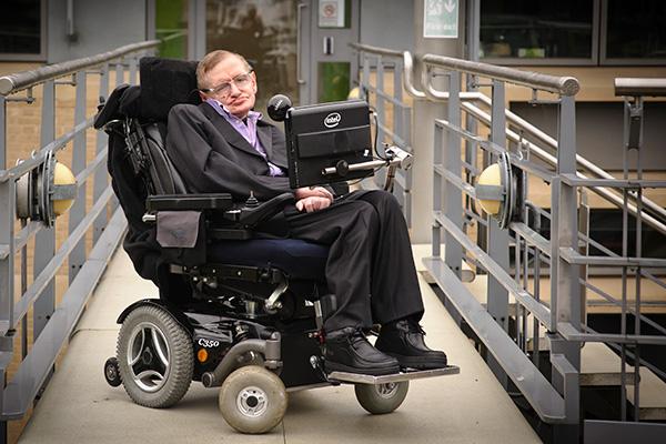 Professor Stephen Hawking antara pesakit ALS