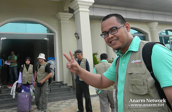 Anarm semasa join Misi Kembara Qurban di Kemboja bersama eQurban.com
