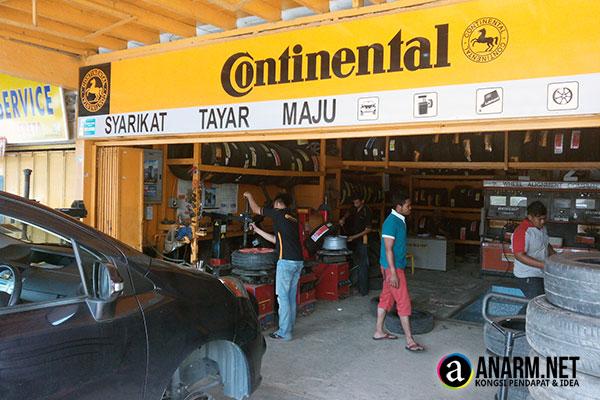Bengkel tayar kereta Syarikat Tayar Maju, Pasir Mas