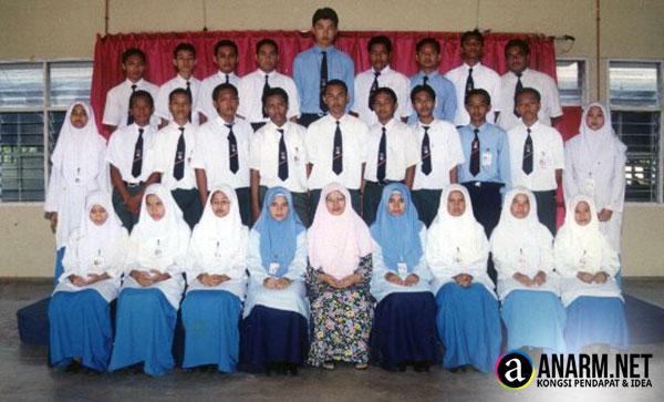 Kenangan bersama cikgu kelas dan rakan seperjuangan di Sekolah Menangah Teknik Pengkalan Chepa, Kelantan