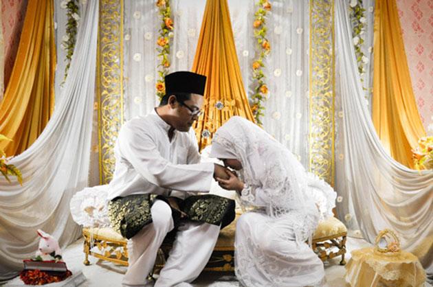 Perkahwinan Anam dan Suraya